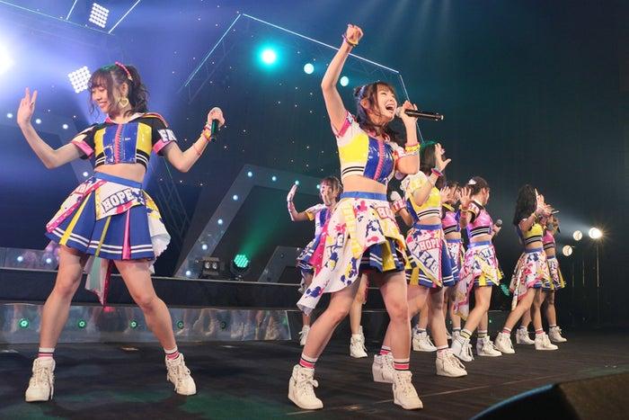 ファンを熱く盛り上げる高柳明音(C)2018「SKE48ドキュメンタリー(仮)」製作委員会