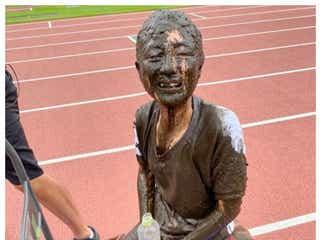 鈴木奈々「NGなし」体張った泥だらけの衝撃写真に反響