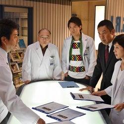 沢口靖子と草なぎ剛が初共演 『科捜研の女』と『スペシャリスト』が異例のコラボ
