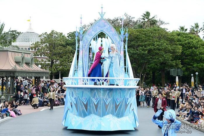 パレード「ディズニー・クリスマス・ストーリーズ」