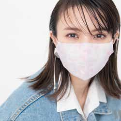 モデルプレス - 櫻坂46小林由依、マスク姿の春メイク披露 不意打ちウインクにスタッフきゅん