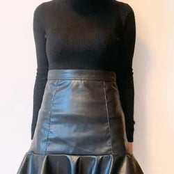 これは天才的な可愛さ…!H&Mの「フリルスカート」デザインがとにかく良いんです