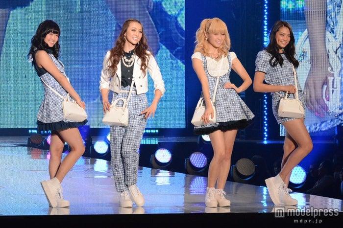 (左から)山口乃々華、Shizuka、Ami、須田アンナ