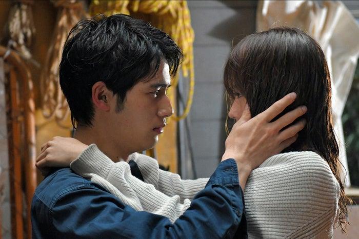 岡田健史、有村架純/「中学聖日記」第10話より(C)TBS