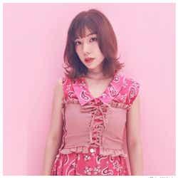 モデルプレス - 仲里依紗、ばっさりイメチェン「あなたのことはそれほど」クランクアップで脱黒髪「麗華さんさようなら」