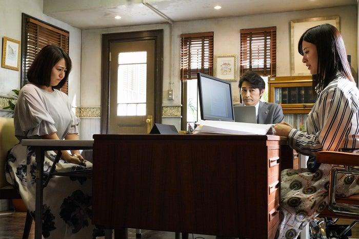 磯山さやか、安田顕、吉高由里子/「正義のセ」第3話より(C)日本テレビ