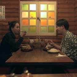 春花、流佳「TERRACE HOUSE TOKYO 2019-2020」6th WEEK(C)フジテレビ/イースト・エンタテインメント
