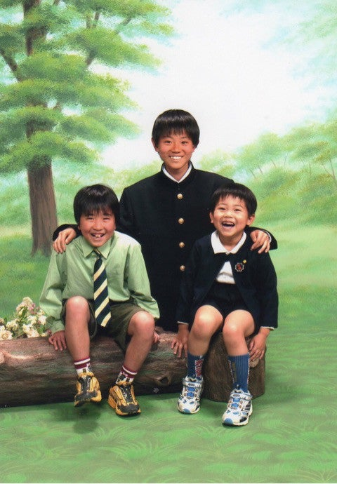 上段が菅田将暉(菅生新氏公式ブログ,ameba)