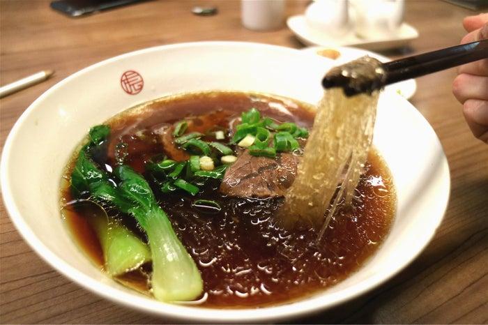 麻膳堂/クリアスープ牛肉麺200TWD/画像提供:所属事務所