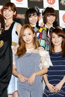 大島優子、AKB48にサプライズ復帰 板野友美、篠田麻里子らと「まだ卒業していません」<写真特集>