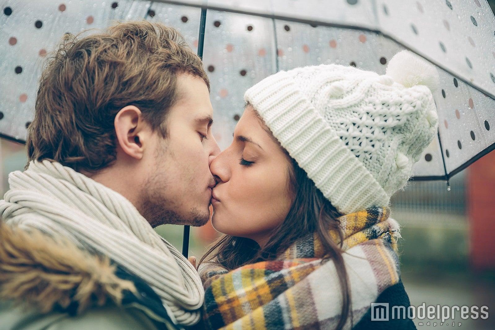 あぁ、もう大好き!恋人をがっちり掴んでしまう「上手なキスのテクニック」5選