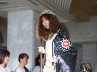 桐谷美玲、衝撃個性派ファッションで登場 「リベンジgirl」追加キャストも明らかに