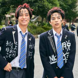 高橋海人、佐藤勝利(C)2019日本テレビ/ジェイ・ストーム