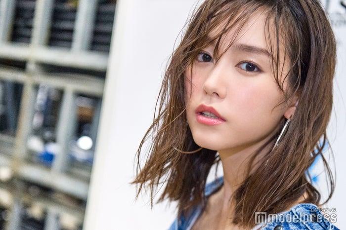 モデルプレスのインタビューに応じた桐谷美玲(C)モデルプレス