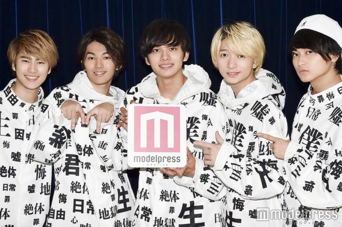 (左から)泉大智、矢部昌暉、北村匠海、小林龍二、橘柊生 (C)モデルプレス