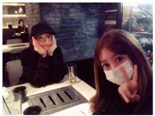 篠田麻里子、芸能界復帰の奥真奈美と久々2ショット公開「懐かしすぎる」とファン歓喜