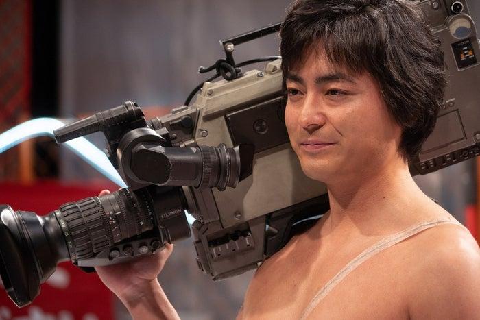 Netflixオリジナルシリーズ「全裸監督」より(提供画像)