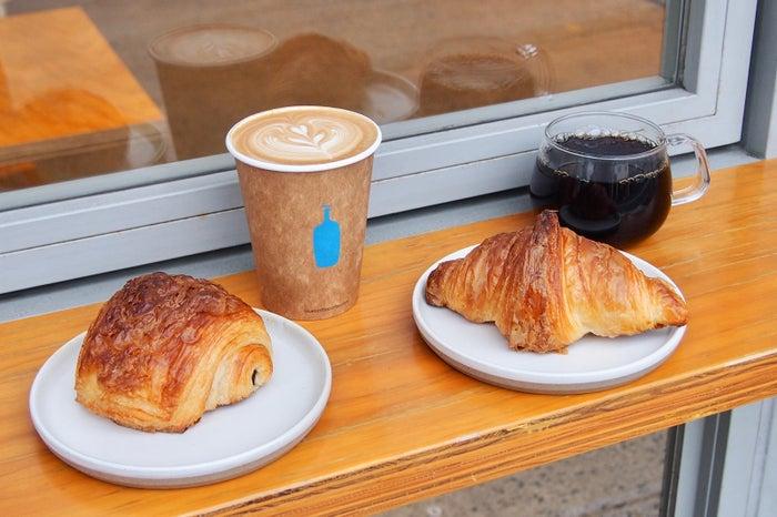 ブルーボトルコーヒー 神田万世橋カフェ/画像提供:Blue Bottle Coffee Japan