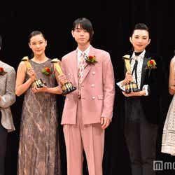左から:ヤン・イクチュン、蒼井優、菅田将暉、田中麗奈、石橋静河 (C)モデルプレス