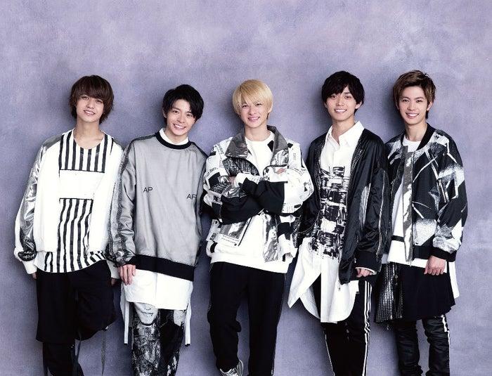 "Arashi""音乐日""首次亮相Nogizaka 46等人。第一次出场艺术家公告 - 模特出版社 -L-52-LOXqC_tDzz70upF9MWRCAbEOLhX7nvdA5zWdSk"