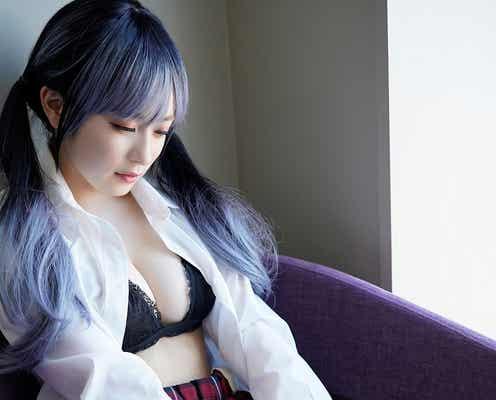 「ミスマガジン」読者特別賞・早川渚紗、ロックギャル姿で色白美バスト披露