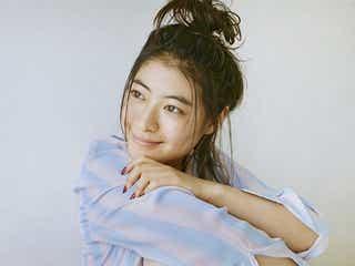 瀧本美織、飾らないナチュラルな姿&距離感にドキッ 等身大の表情で魅せる