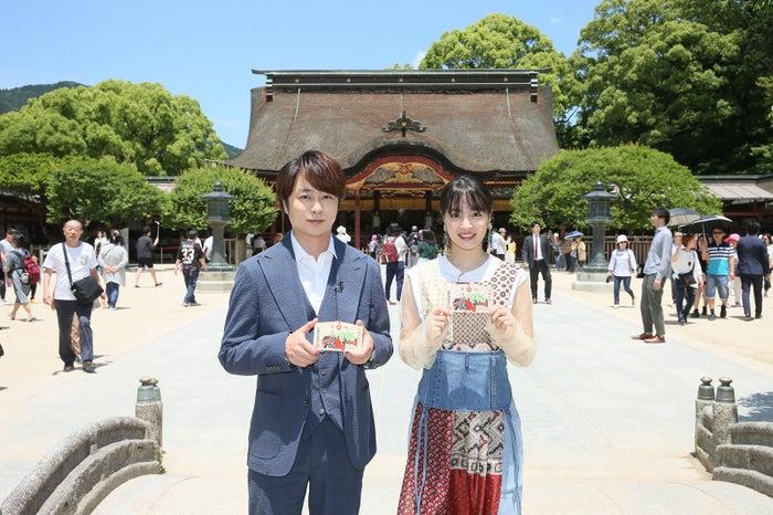 (左から)櫻井翔、広瀬すず(C)2018「ラプラスの魔女」製作委員会