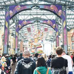 東京ディズニーランドのワールドバザール/東京ディズニーランド(C)モデルプレス(C)Disney