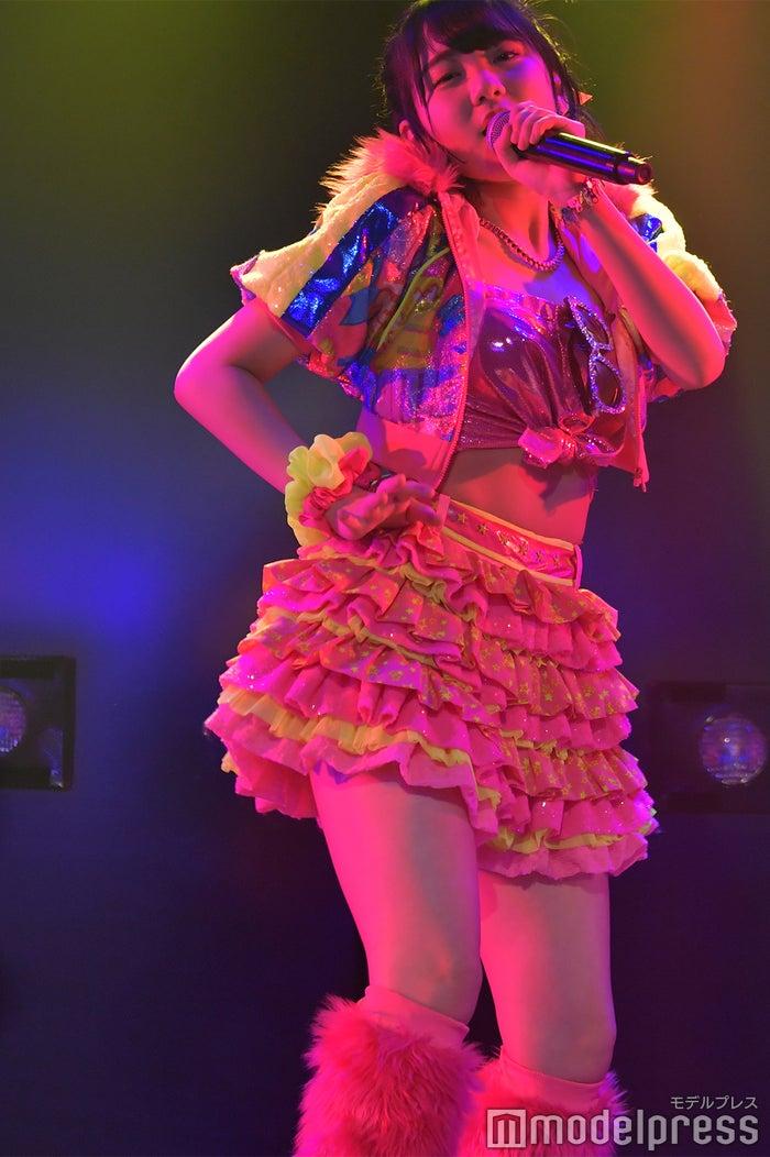 「ツンデレ!」田口愛佳/AKB48柏木由紀「アイドル修業中」公演(C)モデルプレス
