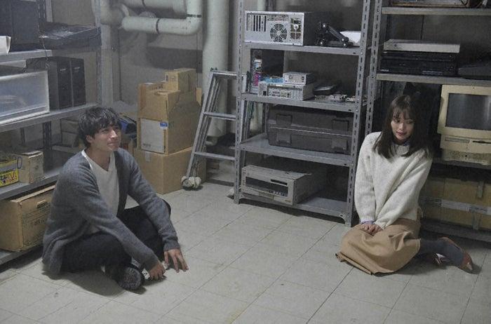 小関裕太、内田理央/「来世ではちゃんとします」第5話より(C)「来世ではちゃんとします」製作委員会