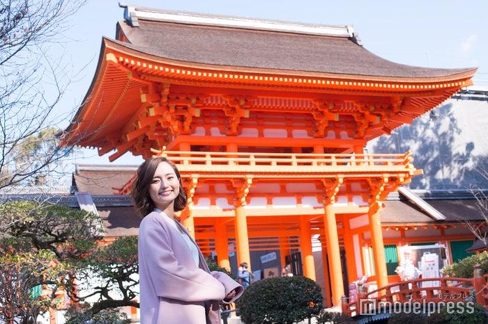 桜の時期には賀茂桜が楽しめる楼門は艶やかな存在感/山賀琴子(C)モデルプレス