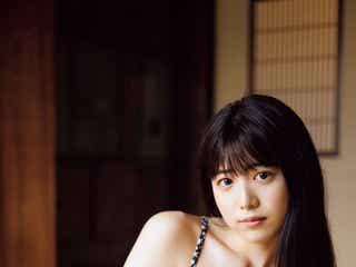 吉田莉桜、ビキニ姿で大人の色気