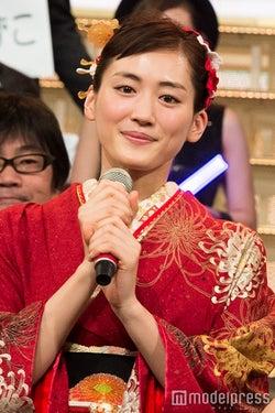 綾瀬はるか&V6井ノ原快彦が意気込み「第66回 NHK紅白歌合戦」開幕<紅白本番>