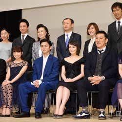 モデルプレス - 貫地谷しほり、高良健吾ら豪華俳優陣が集結 「ブルーリボン賞」授賞式