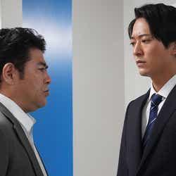 皆川猿時、浅香航大/「あなたの番です」第15話より(C)日本テレビ