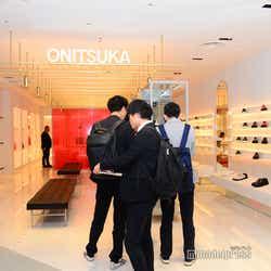 THE ONITSUKA(C)モデルプレス