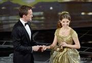 「アカデミー賞」受賞式、サプライズありの豪華コラボで開幕(左から)ニール・パトリック・ハリス、アナ・ケンドリック/photo:Getty Images【モデルプレス】