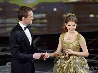 「アカデミー賞」受賞式、サプライズありの豪華コラボで開幕