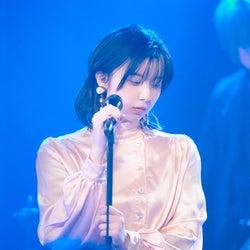 """上白石萌歌、adieuとして初ライブ「強い意志があった」 """"時を止める歌声""""で魅了"""