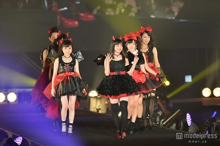 ファッションフェスタ「takagi presents TGC KITAKYUSYU 2015 by TOKYO GIRLS COLLECTION」に出演した橋本環奈