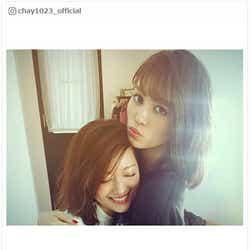 モデルプレス - chay、E-girls楓と密着ハグ「お姉ちゃんみたい」
