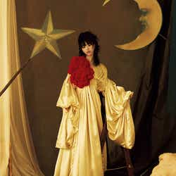 モデルプレス - BiSHアイナ・ジ・エンド、初の「装苑」単独表紙 ソロ曲の世界観をビジュアル化