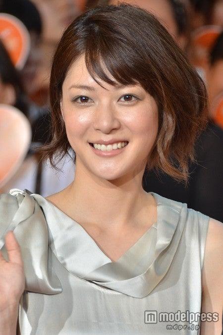 映画「陽だまりの彼女」の完成披露イベントに登場した上野樹里