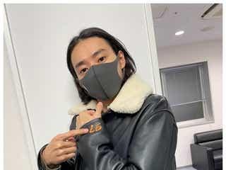 山崎賢人「所さんから頂いた」ジャケット姿披露に「似合ってる」の声