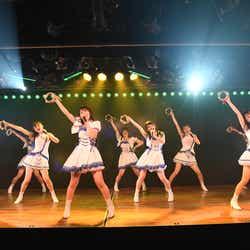 AKB48「ヤバいよ!ついて来れんのか?!」公演(C)AKS