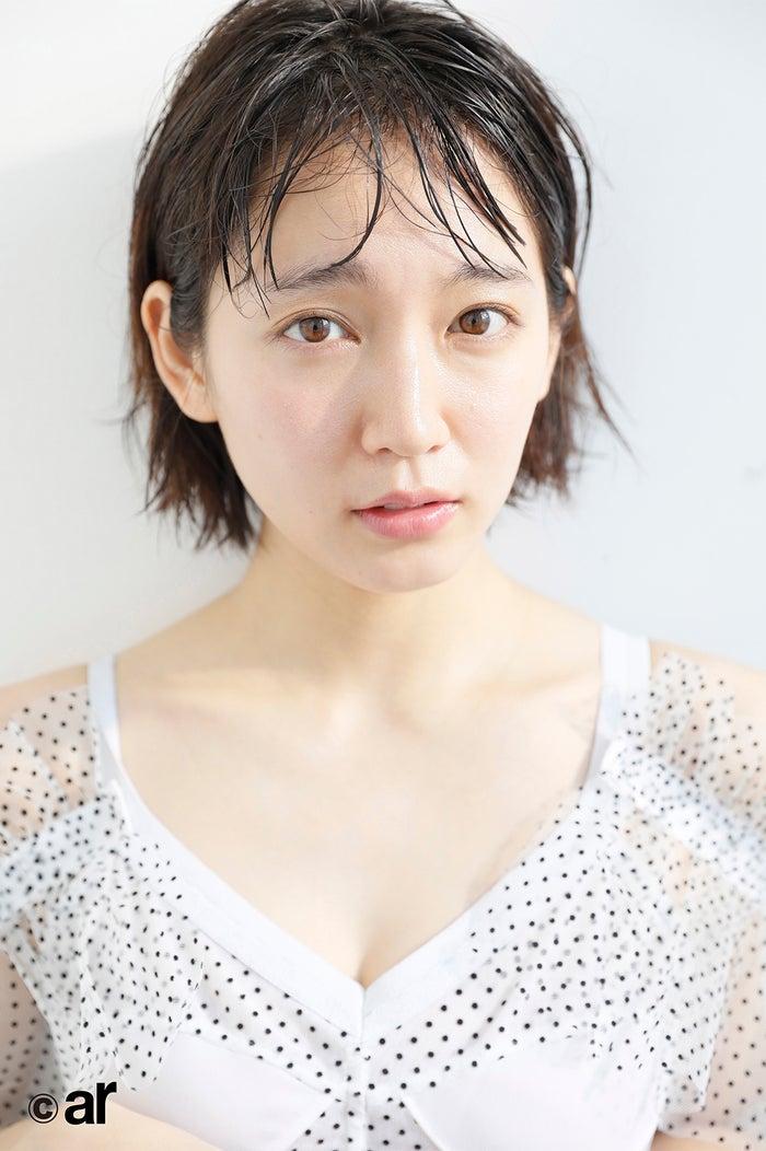 吉岡里帆/雑誌「ar」3月号より(画像提供:主婦と生活社)