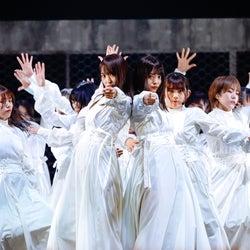 """欅坂46、""""5年間の集大成""""涙のラストライブ 卒業メンバー・けやき坂46への想いも<詳細レポ/セットリスト>"""