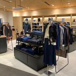 「ジャパンブルージーンズ」 浅草に都内最大店をオープン