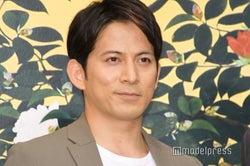 岡田准一、主演映画でカメラマンを担当 監督から「俺が死ぬところを撮れ!」<散り椿>