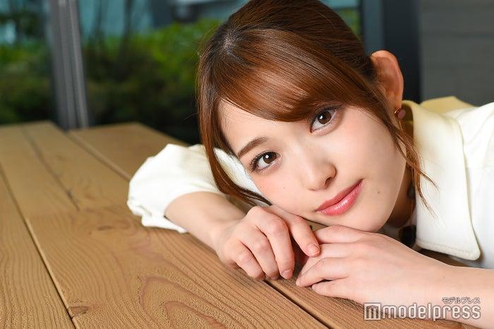 モデルプレスのインタビューに応じた、乃木坂46の松村沙友理(C)モデルプレス